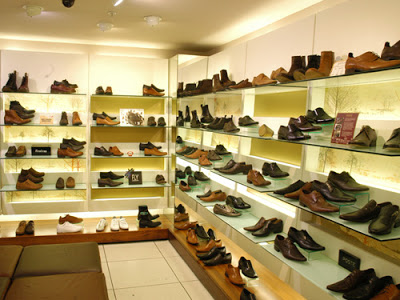toko sepatu murah